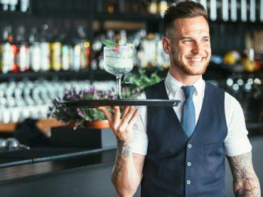 Скільки заробляли офіціанти в Одесі, Харкові, Києві та Львові у серпні 2020? Дані Прозорої Роботи