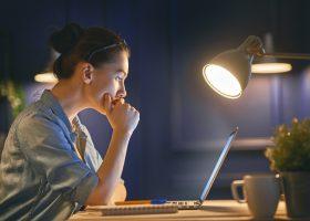 Як не стати зомбі: чотири правила роботи у нічну зміну