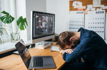 Zoom fatigue: що це таке та як здолати недуг нової епохи