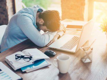 Шкідливі поради: як бути нещасним на роботі