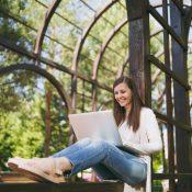 Весняні пробудження: добірка березневих стажувань для кар'єристів-початківців
