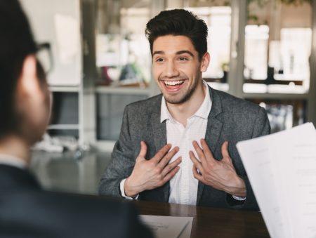 Шкідливі поради: як відповідати на запитання про колишнього роботодавця