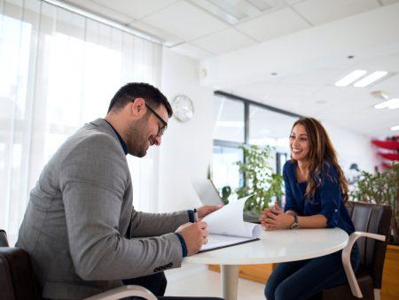 Дев'ять факторів, які псують співбесіду