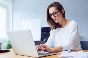 Боротьба офісу з дистанційкою та нові виклики: якою буде робота у 2021 році