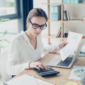 Середня зарплата в Україні у квітні: дані Прозорої Роботи