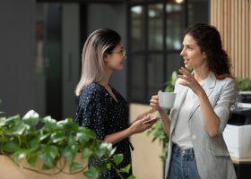 Як шукати правильні теми для розмови та про що говорити не варто