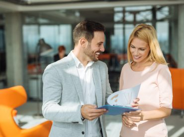 Як встановити контакт зі співрозмовником – допоможе small talk
