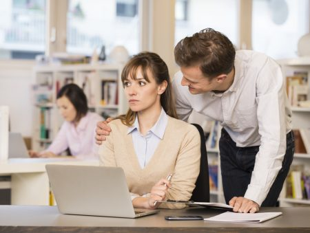 Запитайте юриста: харасмент на роботі – як розпізнати та протидіяти?