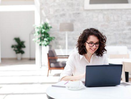 Перспективне майбутнє: 36 жовтневих вакансій для старту кар'єри