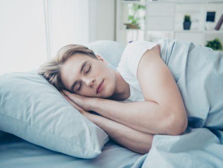 Спимо правильно: як відпочивати ефективно