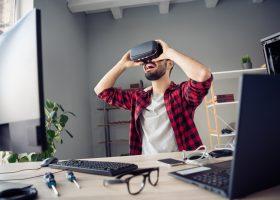Що таке cyberslacking та як він впливає на продуктивність?